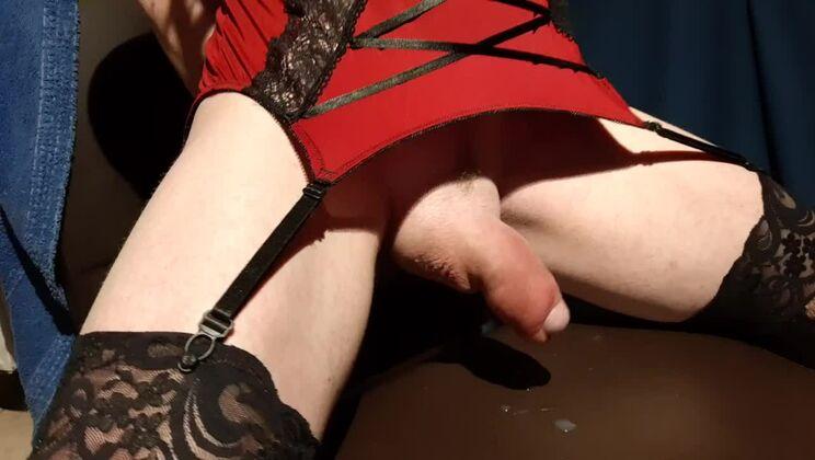 Heavenly redhead tranny slut masturbate on camera