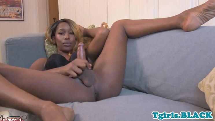 Fine-looking black shemale gets fucked in amateur porn video